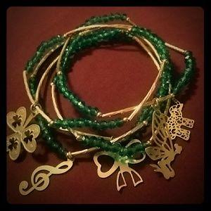 Jewelry - 5 bracelet set